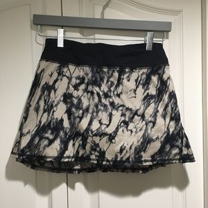 Lululemon Pace Setter Skirt-Granite Black Size 2